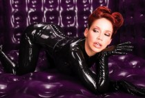 bianca-beauchamp-in-the-rubber-room-black-polymorphe-catsuit