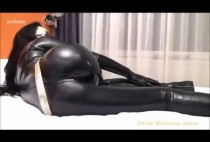 professional-mistress-in-latex-posing-in-front-of-a-web-camera-bdsm