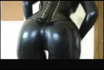 sexy-ass-in-latex