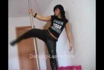laura-dancing-in-miss-sixty-leather-pants